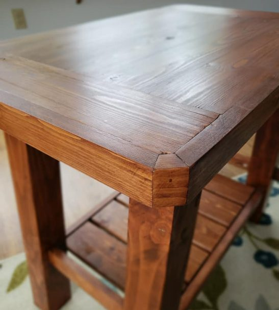 Classic Side Table – Erin (2)